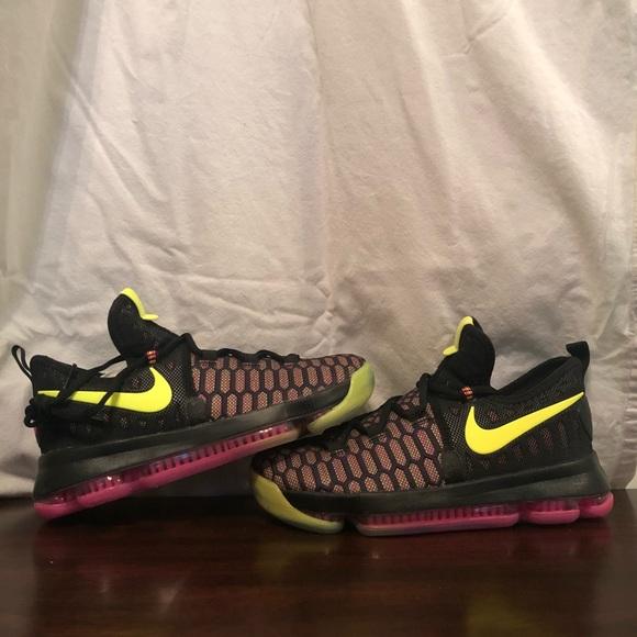 wholesale dealer 8c284 25720 Nike Zoom KD 9 Boys Basketball Shoes